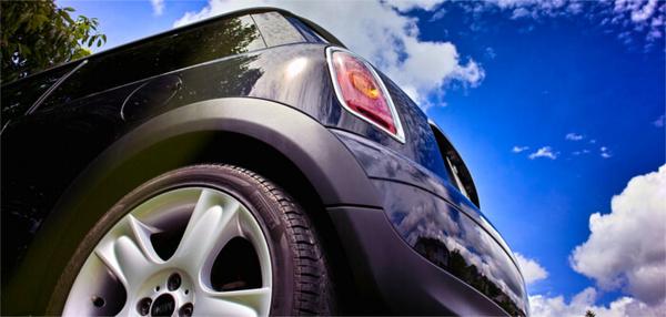 中古車販売、購入時に重視すべきポイントとは?